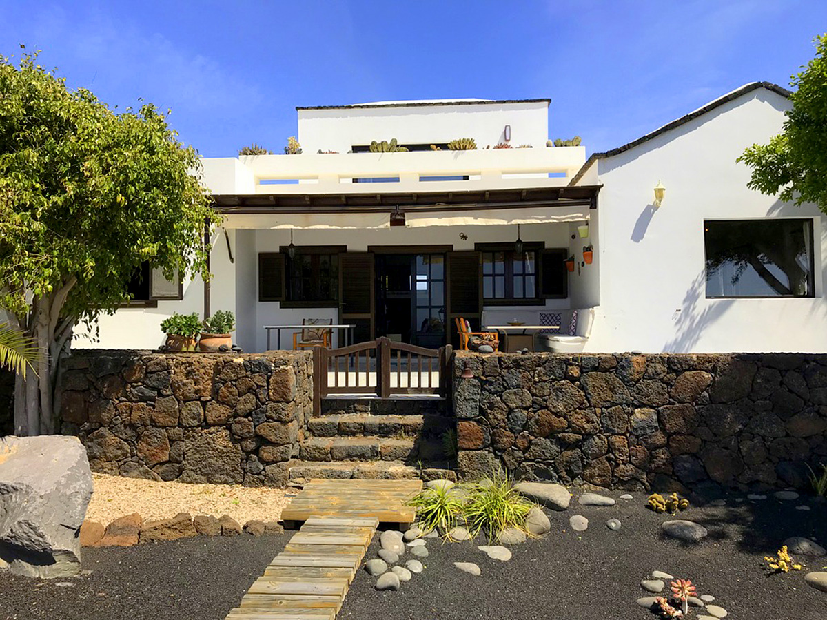 Las Brenas country house for sale